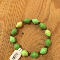 green paper stretch bracelet